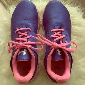 Women's under armour shoes size 7